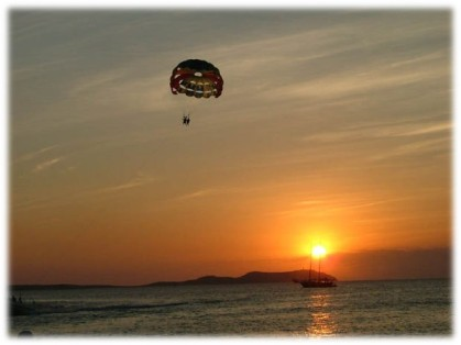 Parachute - Morguefile