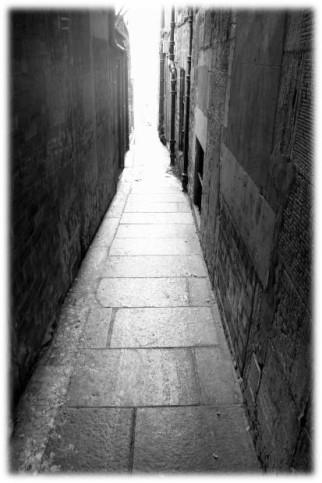 Alley - Morguefile.com
